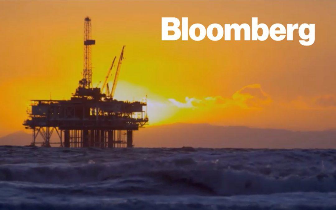 Total Investors Urge Oil Major to Adopt Tougher C02 Goals